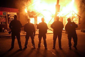Battalion Donbass mercenaries are burning shops of the DNR supporters - Copy